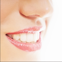 brighter smiles with white teeth restorations and teeth whitening